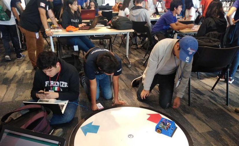 Los jóvenes estudiantes participan en dos categorías. (Cortesía)
