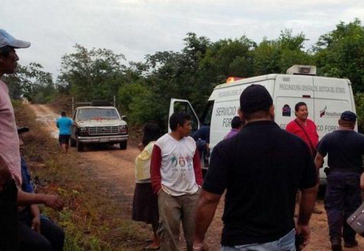 El joven al parecer falleció desangrado del hombro, en lo que su amigo corría los cinco kilómetros al pueblo para dar aviso. (Redacción/SIPSE)