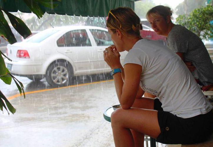 Las lluvias continuarán durante esta semana, según el pronóstico meteorológico local. (Daniel Pacheco/SIPSE)