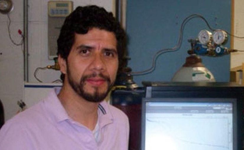 Moisés Carreón se trasladó recientemente a Colorado para unirse al Departamento de Ingeniería Química y Biológica de la Colorado School of the Mines. (almomento.mx)