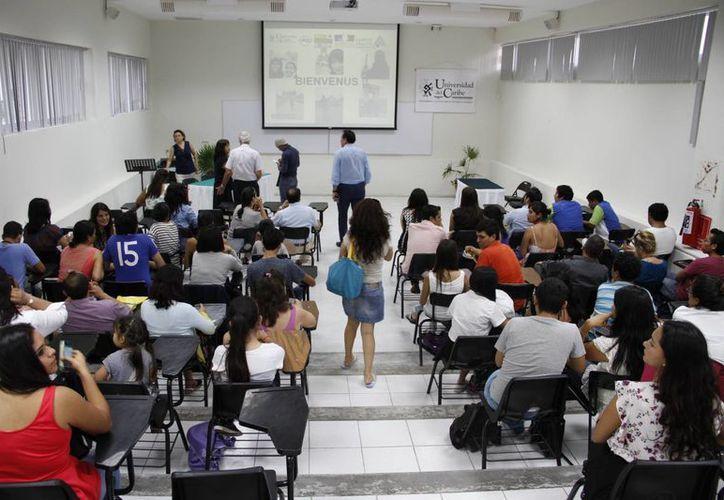 El año pasado dos estudiantes se fueron de intercambio al   país europeo. (Consuelo Javier/SIPSE)