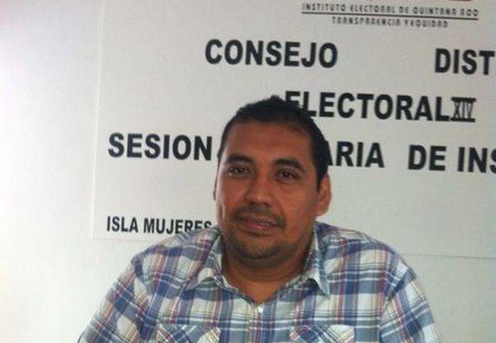 El consejero del instituto Electoral, emitió su fallo sobre la solicitud de impugnación. (Lanrry Parra/SIPSE)
