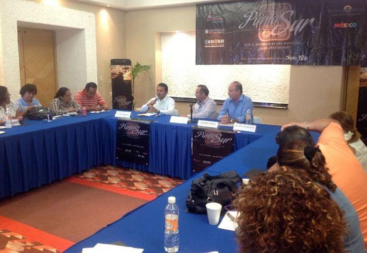 Durante una conferencia de prensa, mencionaron que el evento será en el primer minuto del 21 de diciembre. (Lanrry Parra/SIPSE)