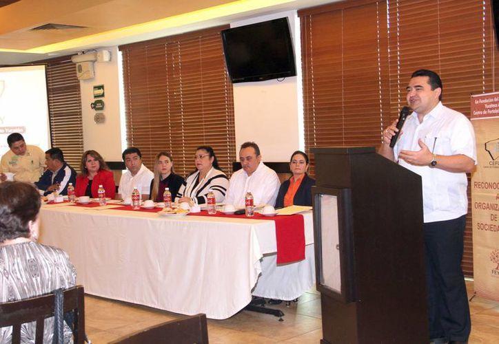 El dirigente del Cefory, José Luis Mena Sid, dio a conocer sus proyecciones para el 2016 y señaló la importancia de la profesionalización de los integrantes de las asociaciones. (Milenio Novedades)
