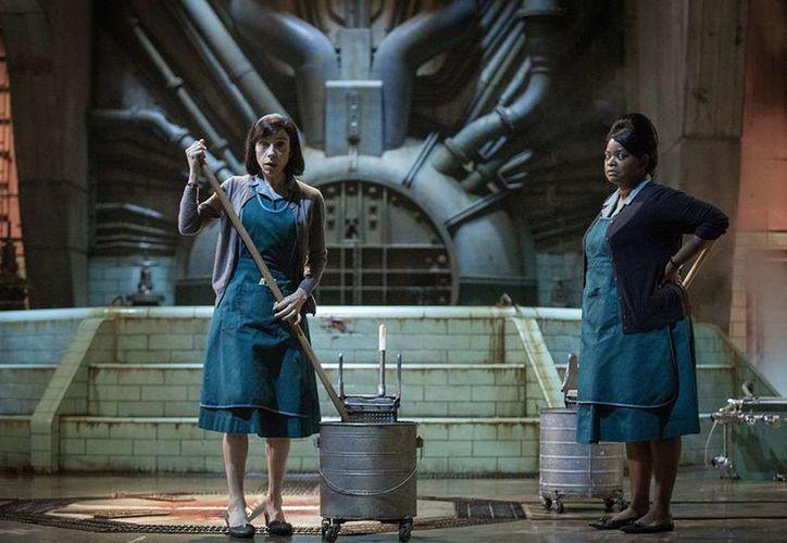 La cinta de Guillermo del Toro, La forma del Agua se encuentra entre las favoritas. (Foto: E! Online)