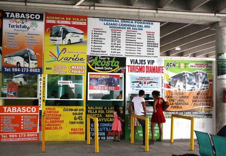 La terminal foránea de Playa del Carmen cumple nueve años de dar servicio. (Octavio Martínez/SIPSE)