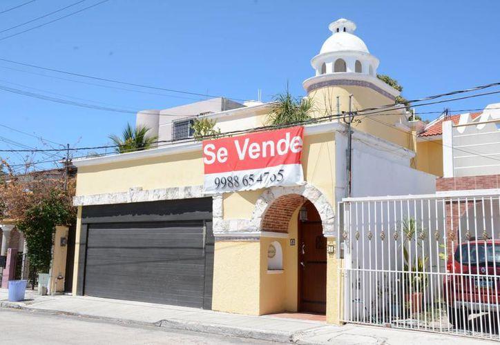 Los vendedores de inmuebles deben cumplir con el reglamento. (Victoria González/SIPSE)