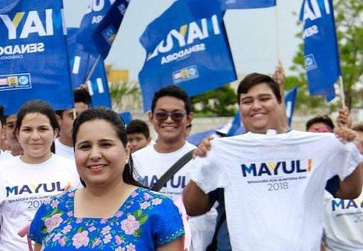 Mayuli Martínez dijo que se deben mejorar las condiciones de los policías y trabajar en conjunto. (Foto: Redacción)