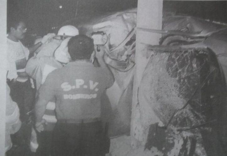 Imagen del fatal accidente ocurrido en agosto de 2003 en la avenida Pérez Ponce. (Jorge Moreno)