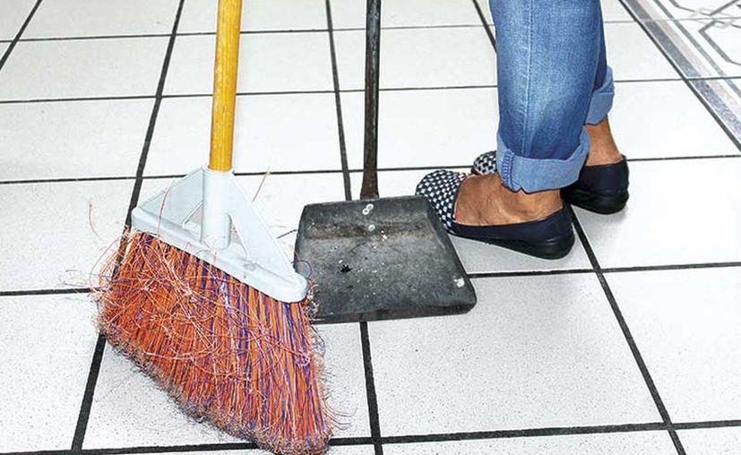 Según el Inegi, en el Estado hay más de 56 mil empleados domésticos, la gran mayoría mujeres. (Novedades Yucatán)
