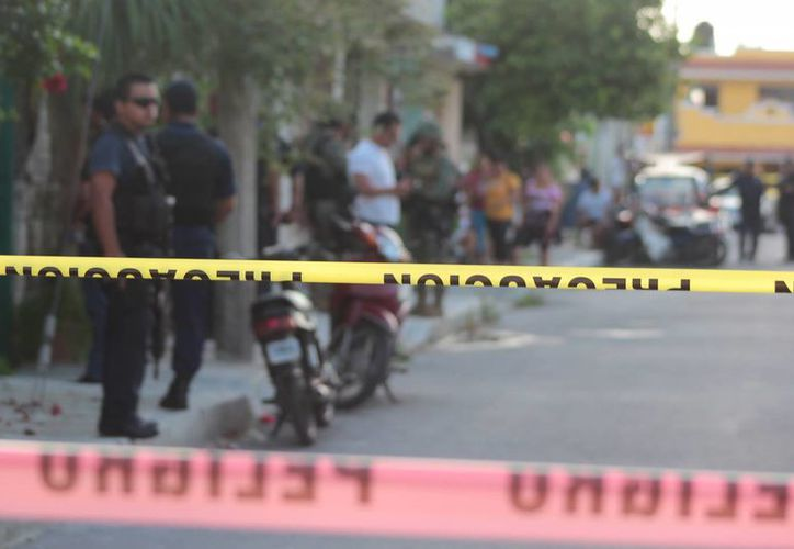 El cuerpo del perito de Seguridad Pública fue entregado ayer a sus familiares. (Gustavo Villegas/SIPSE)