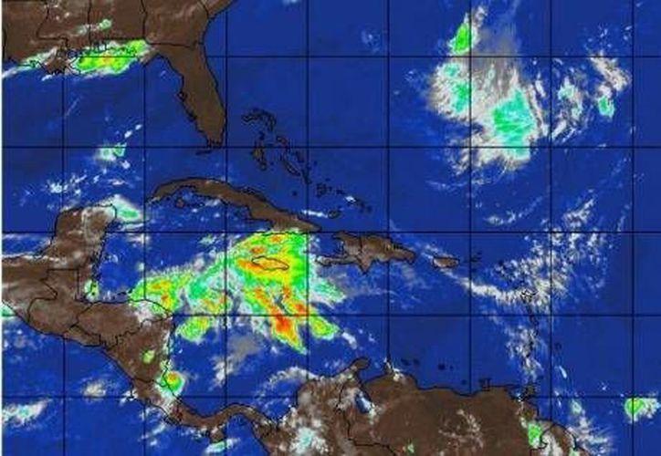 La coordinación nacional de Protección Civil vigila la zona de baja presión en el mar Caribe.