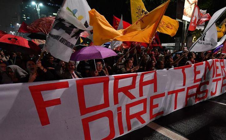 Miles de brasileños salieron a las calles para pedir la renuncia de su presidente, Michel Temer, involucrado en un escándalo de corrupción. (La Nación)