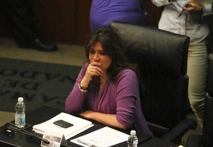 Mónica Arriola, senadora e hija de la exlideresa del SNTE. (Notimex/Archivo)
