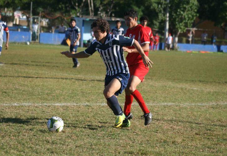 En el partido entre Rayados y Guerreros los goles regios fueron obra de los hermanos Urbina, Marcos al (50' y 85'), y Javier al 46'. (Jorge Sosa)