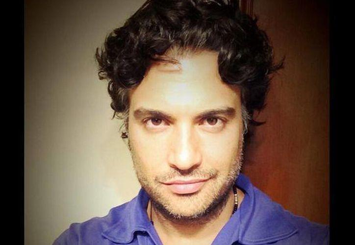 Según Camil, en Jane The Virgin será el encargado de interpretar a un actor de televisión que va a tener una relación muy cercana con Gina Rodriguez, protagonista de esta serie. (twitter.com/jaimecamil)