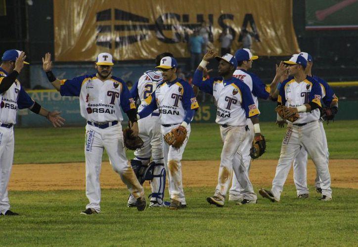 Olmecas de Tabasco blanqueó 3-0 a Leones de Yucatán, en el parque Centenario 27 de Febrero, en Villahermosa. (Facebook/OlmecasTab)
