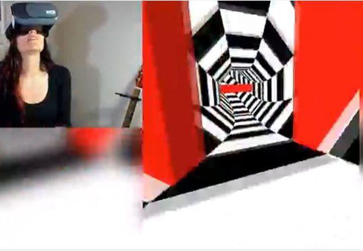Varios videojuegos ayudan a la orientación espacial, tal es el caso de VR Tunnel Race, que nos propone un vertiginoso recorrido por una especie de agujero negro lleno de obstáculos. (Captura de pantalla YouTube/KatDoesThings)