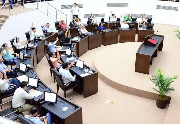 La nueva Secretaría de Investigación, Innovación y Educación Superior recibirá recursos que provienen de multas a seis partidos políticos en Yucatán. (Milenio Novedades)