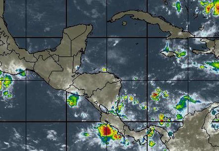 aire marítimo tropical con moderado contenido de humedad hacia la Península de Yucatán provocará lluvias dispersas sobre el estado de Quintana Roo. (Foto/wsi.com)