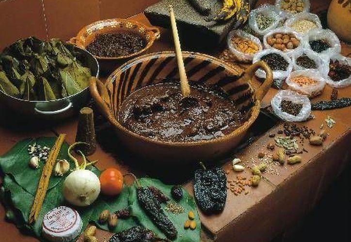 En Oaxaca hay siete diferentes tipos de mole, ¿los has probado?. (Contexto/Internet)