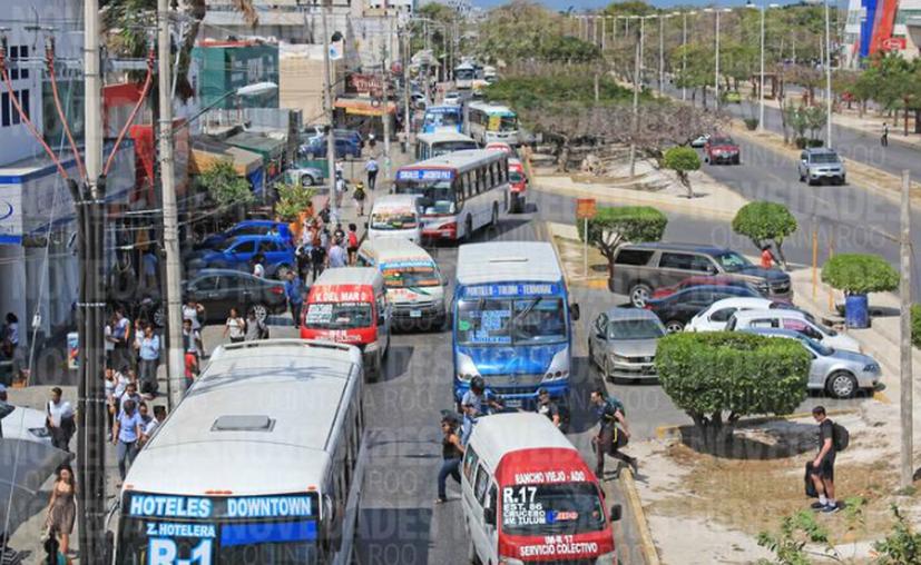El señalamiento vial para el transporte servirá para establecer la circulación. (Jesús Tijerina/ SIPSE)