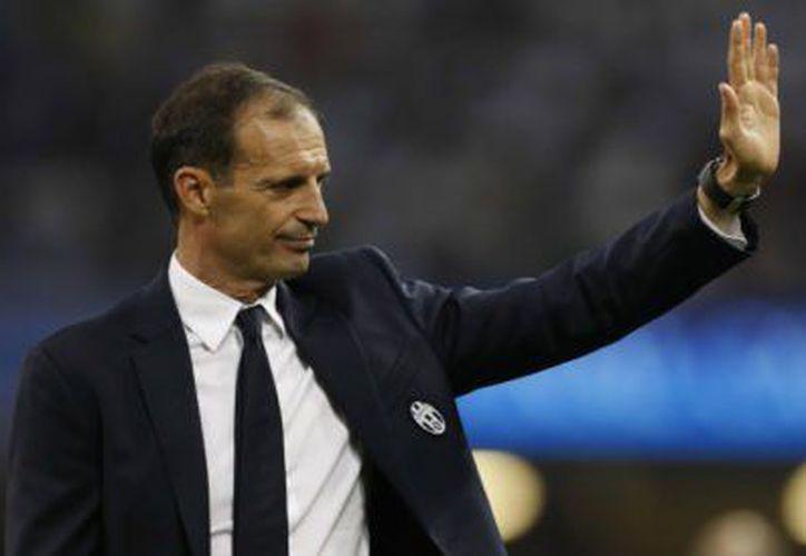 """El club """"bianconeri"""" anunció este miércoles a través de las redes sociales, la renovación del estratega italiano. (Foto: Aristegui Noticias)"""