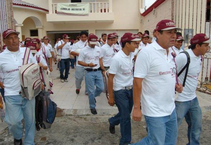 En los seis distritos que abarca el municipio de Benito Juárez hay registradas en la lista nominal del IFE, 389 mil 649 personas de un total de 963 mil 759. (Redacción/SIPSE)