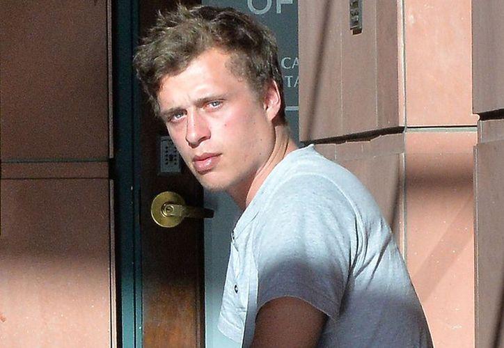 Hilton ha tenido una serie de enfrentamientos con la ley. Hace dos años fue arrestado al interior de la casa de su ex novia. (People).