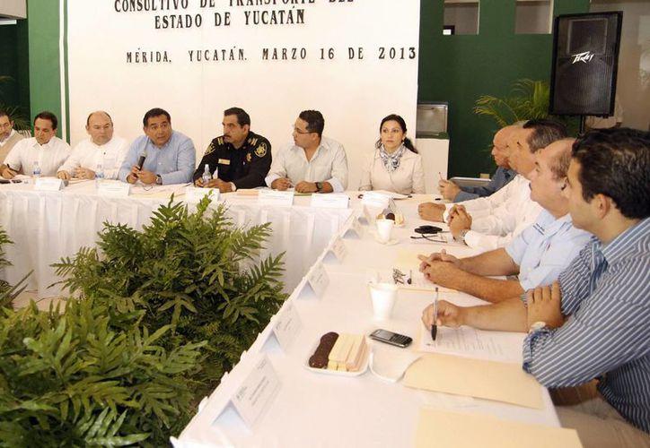 El Consejo Consultivo de Transporte del Estado de Yucatán regirá todos los temas relacionados con este servicio en la entidad. (Cortesía)