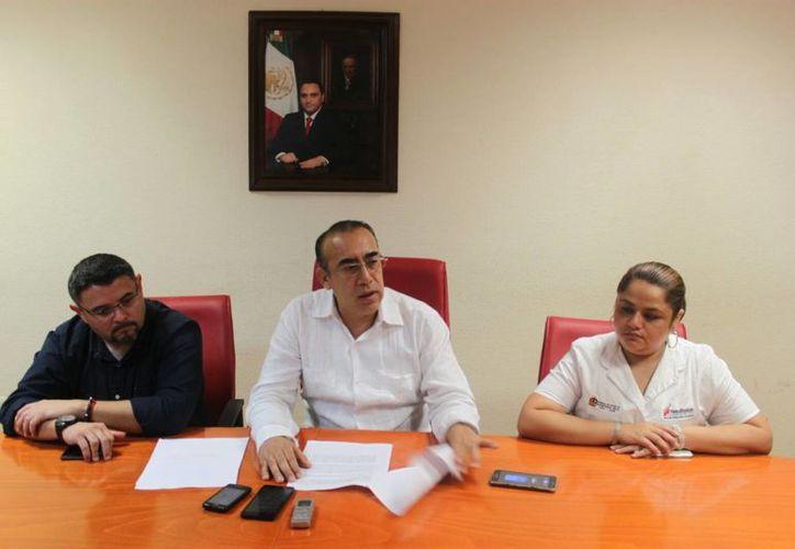 En conferencia de prensa, Carlos Arturo Álvarez Escalera, procurador de justicia del estado, anunció la detención Gilberto N, relacionado con cinco abusos. (Alejandro García/SIPSE)