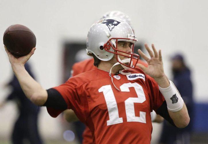 Tom Brady participará en una ceremonia ante los fans antes de partir a Arizona. (Foto: AP)