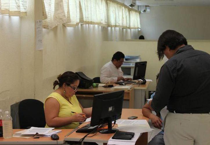 De junio a noviembre, los trabajadores federales pueden solicitar sus vacaciones para gozarlas en julio del siguiente año. (Joel Zamora/SIPSE)