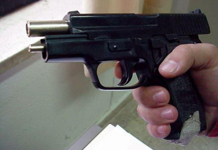 Algunos demócratas piensan que es un error abogar por más armas en las escuelas. (Foto: Contexto)