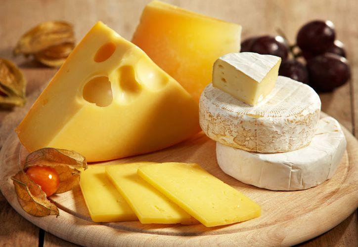 Comer pequeñas cantidades de queso a diario, te ayudará a prevenir enfermedades coronarias. (Foto: Contexto)