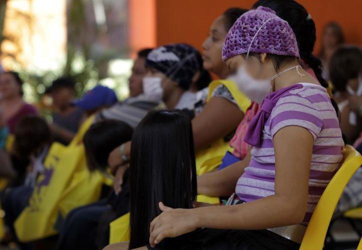 Organizaciones civiles  apoyan a los pacientes y sus familias. (Foto: Archivo)
