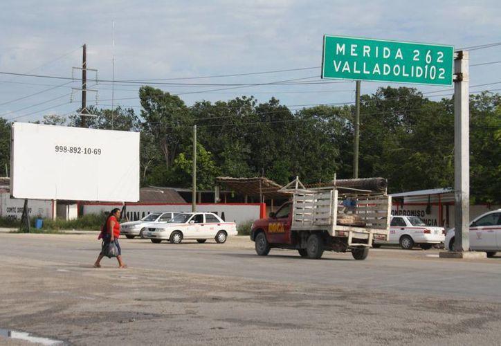 Las unidades ocuparán la terminal del Sindicato de Taxistas de Tulum. (Sara Cauich/SIPSE)