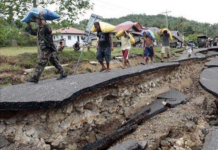 Hasta el momento se desconocen los daños que pudo producir el fuerte temblor. (Foto: Internet).