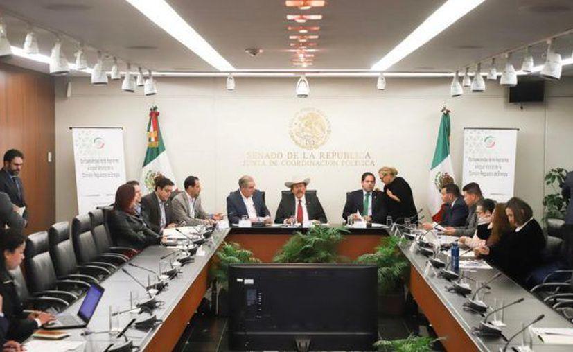 Presidencia de la comisión de Energía (Foto: Twitter)