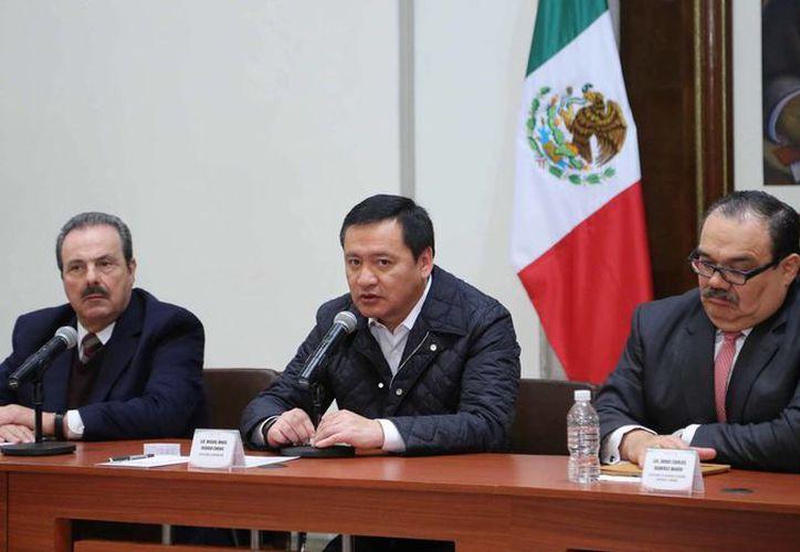 Miguel Ángel Osorio Chong, secretario de Gobernación, aseguró que no hay ningún acuerdo con la CFE. (Notimex/Archivo)