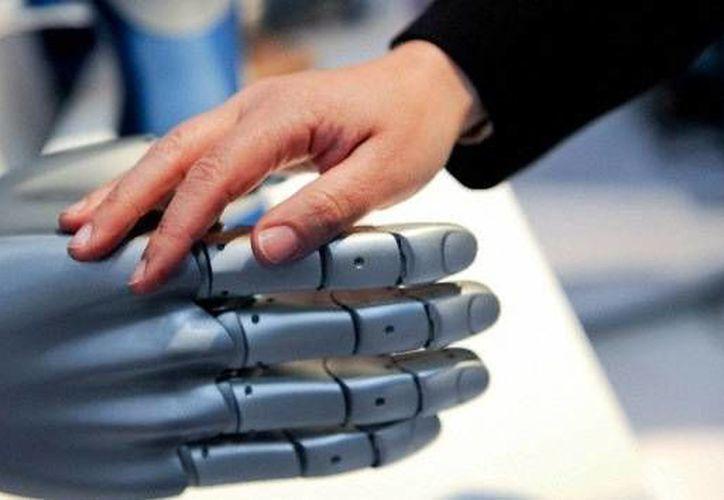 La creación de este brazo robótico es, según sus diseñadores, parte de una amplia gama de avances  que se han venido dando en el ámbito de la robótica en los últimos dos años. (Foto de contexto de santicontreras.com)