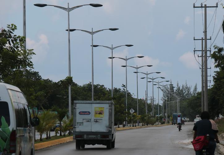 El proyecto de modernización de las luminarias para Cozumel debe ser atendido con prioridad para no perder los apoyos financieros de la Sener. (Gustavo Villegas/SIPSE)