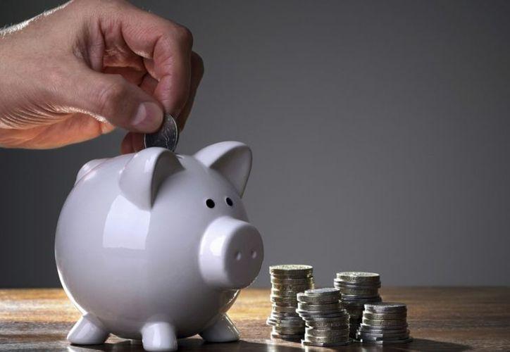 Un estudio reveló cuánto debes ahorrar para que durante tu vejez tengas un ingreso mensual de 20 mil pesos. (Foto: Contexto)