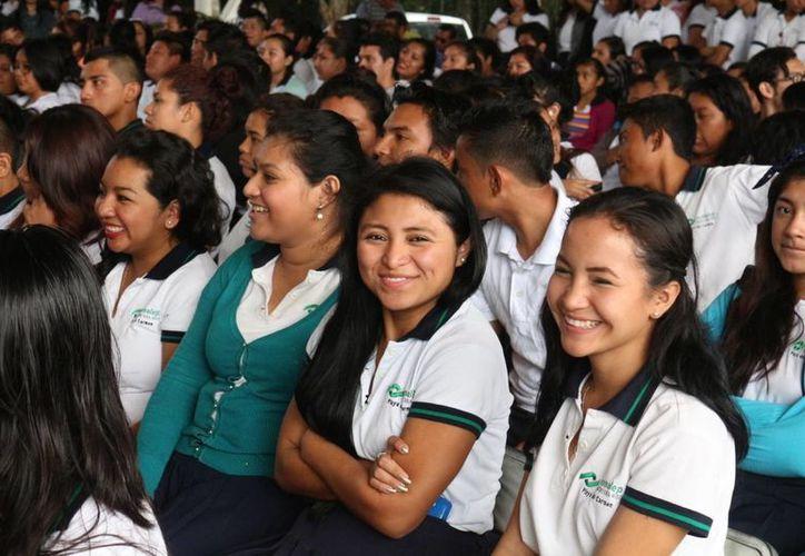 Los estudiantes del Conalep aprenderán en las aulas lo que la industria turística de la Riviera Maya requiere. (Adrián Barreto/SIPSE)