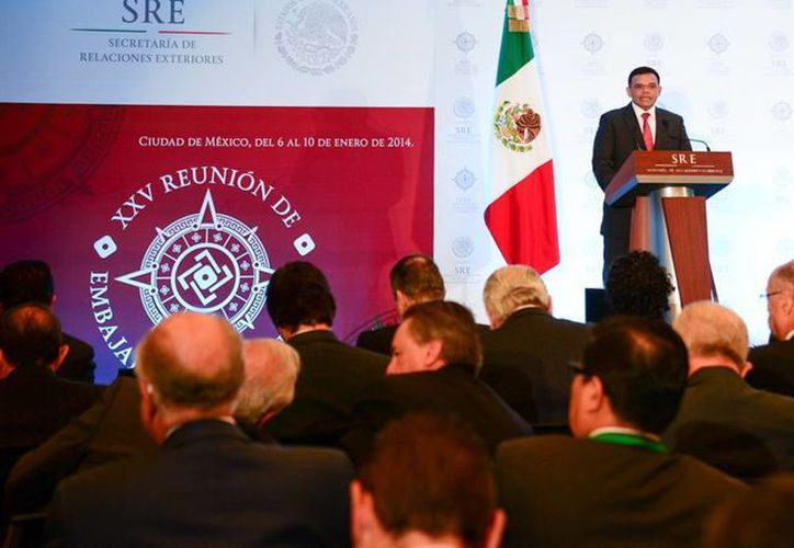 El gobernador Rolando Zapata Bello en su participación en la XXV Reunión de Embajadores y Cónsules de México. (Milenio Novedades)