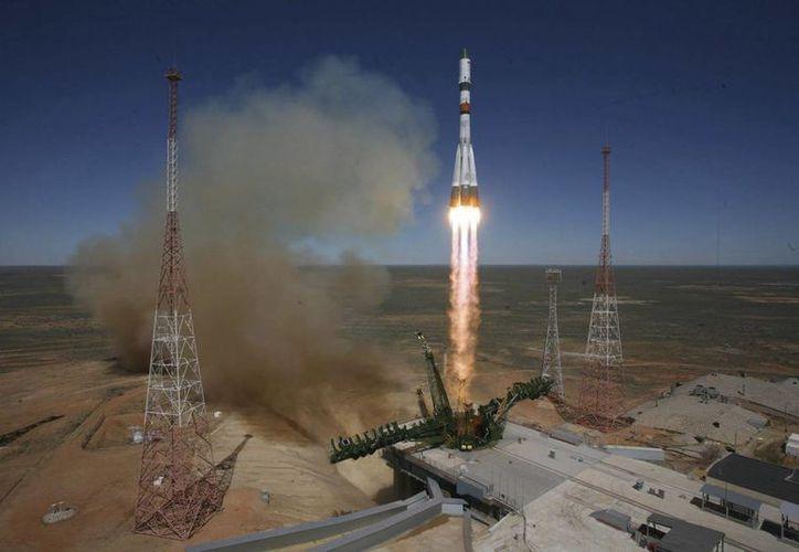Los fragmentos de la nave Progress no representan peligro para los habitantes de la Tierra, ya que se desintegrarán al entrar a la atmósfera. (EFE)