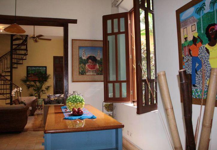 Esta es la Casa de los Ángeles del barrio de Santa Lucía, que forma parte del 'Tour de las Casas de Mérida', que han sido restauradas y tienen una función turística y altruista. (Jorge Acosta/SIPSE)