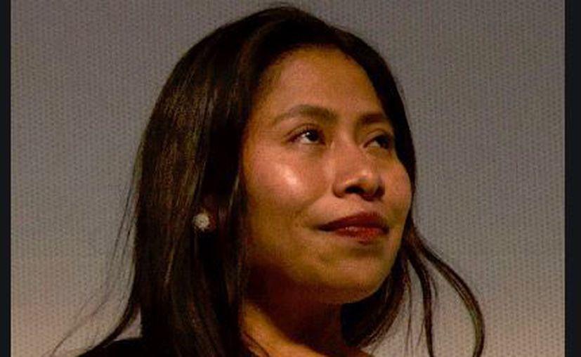 Alvarado señala que todo es culpa de la empresa que maneja la imagen de la actriz. (Wikipedia)