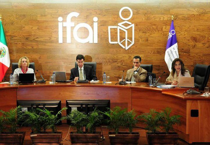 Actualmente, el IFAI está conformado por solamente cuatro comisionados, encabezados por Gerardo Laveaga. (Archivo/Notimex)