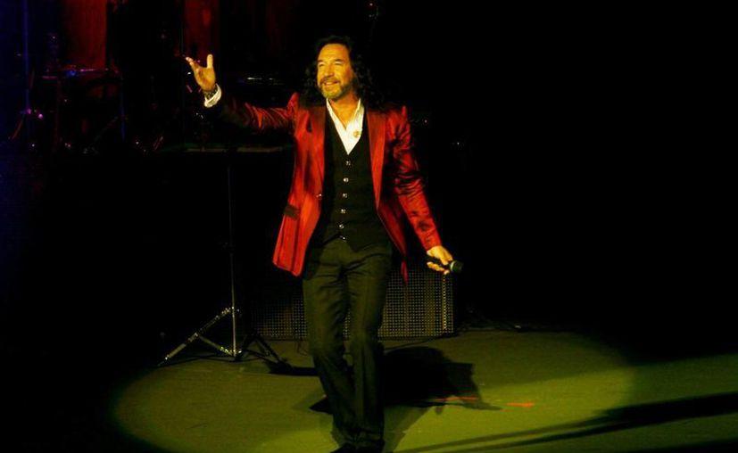 Marco Antonio Solis compartió su inquietud por retirarse de los escenarios en buen estado. (Notimex/Foto de archivo)